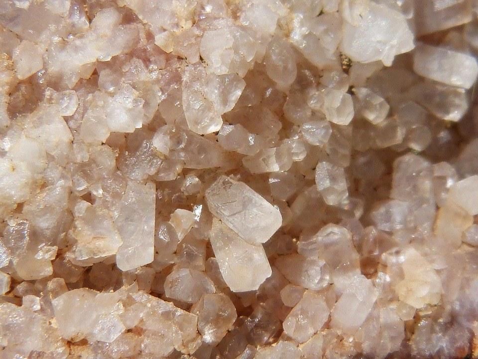 Silica quartz crystals